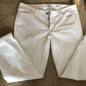 White crop skinny jeans 26""